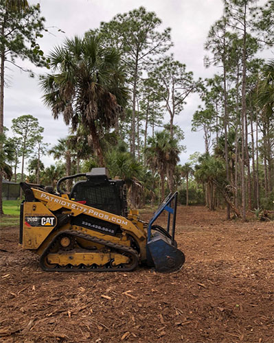 Land clearing machinery clearing the way for your next great project | Patriot Site Pros Commercial Land Clearing & Mulching